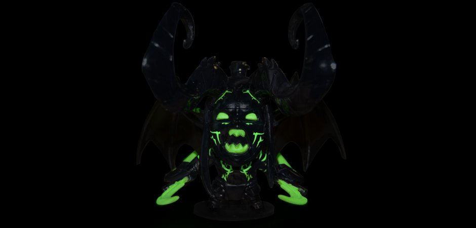 Illidan Glowing in the Dark